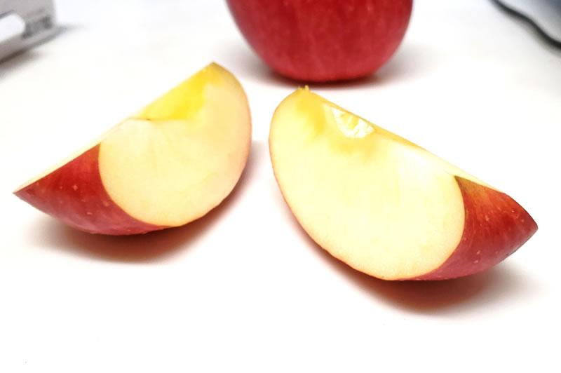 ハムスターにりんごの与え方